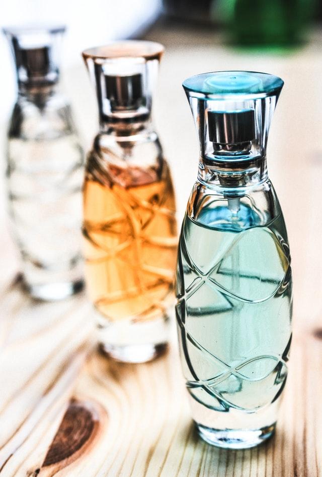 Parfume til kvinder og mænd